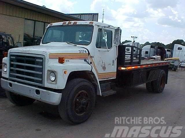 International S1900