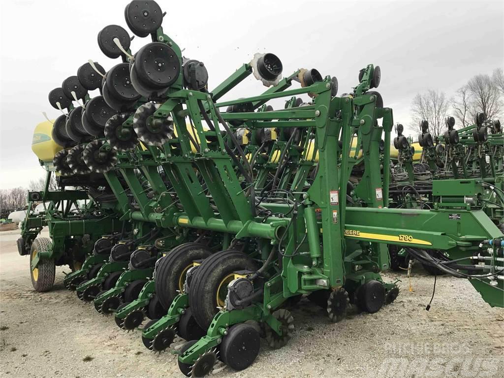 John Deere 1790 Ccs Planters Price 67 285 Year Of Manufacture