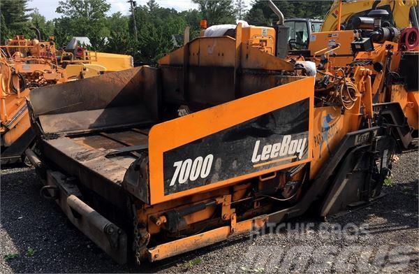 LeeBoy 7000