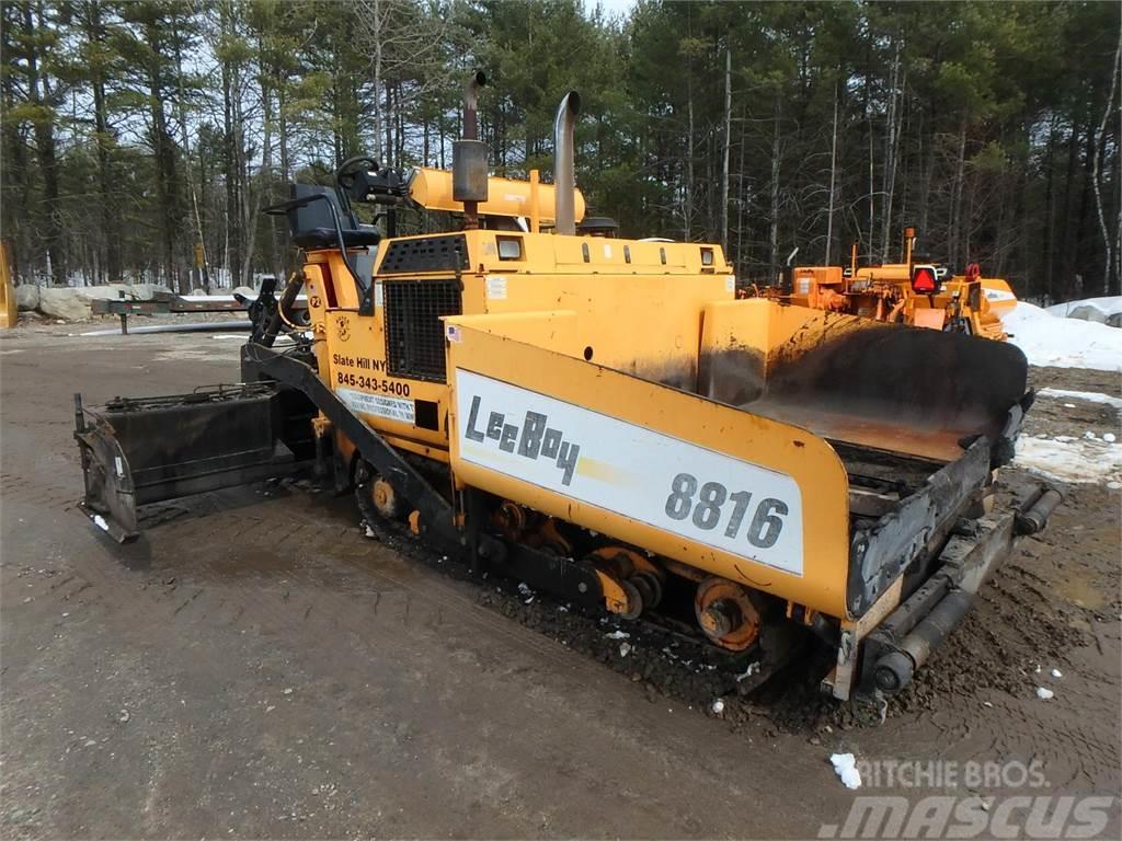 LeeBoy L8816T