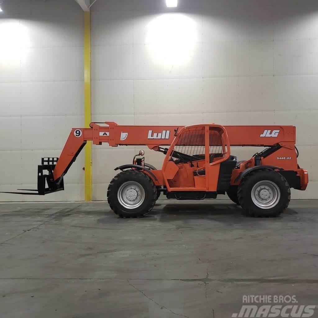 Lull 944E-42