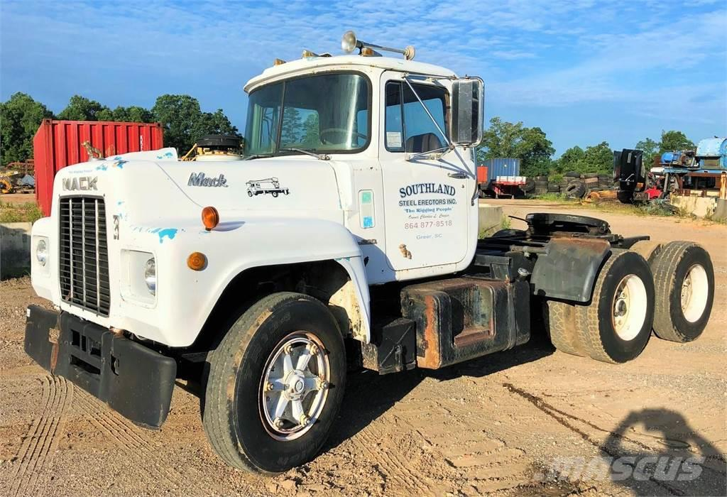 Mack R600_truck Tractor Units Year of Mnftr: 1974  Pre Owned