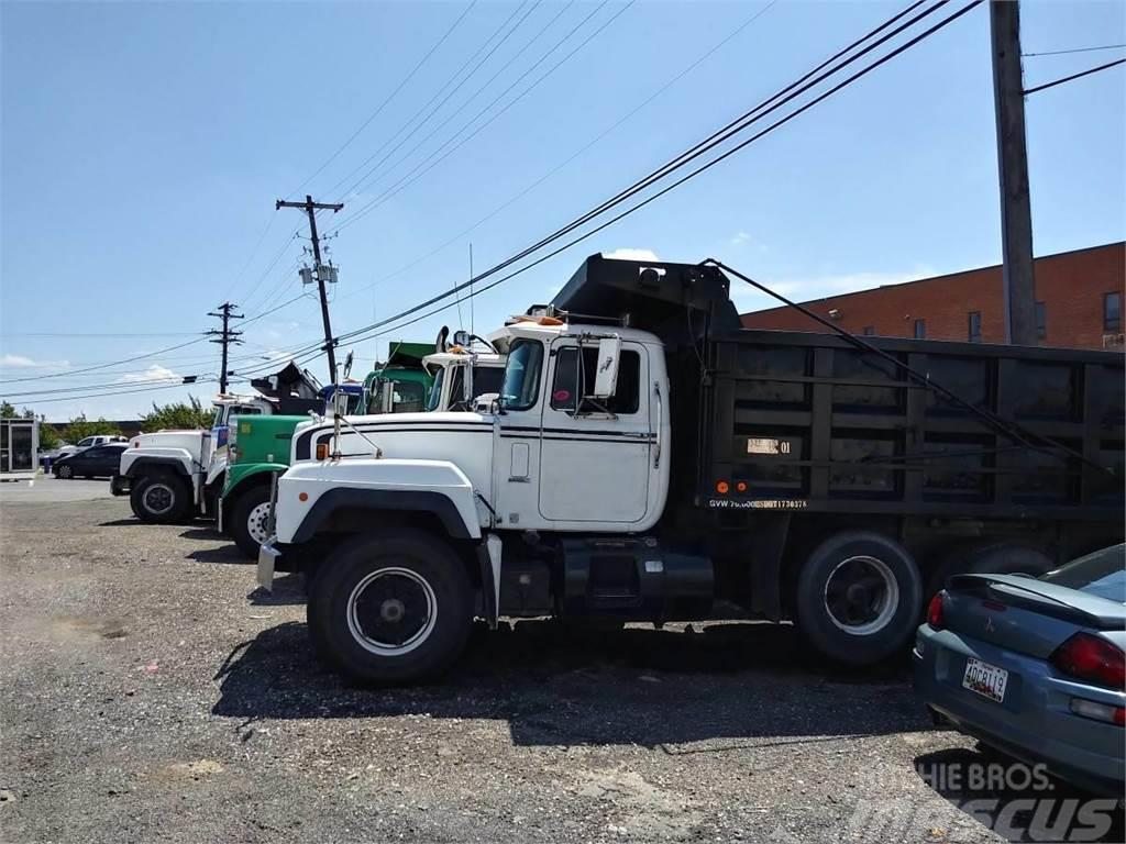 Used Dump Trucks For Sale In Md >> Mack Rd690s