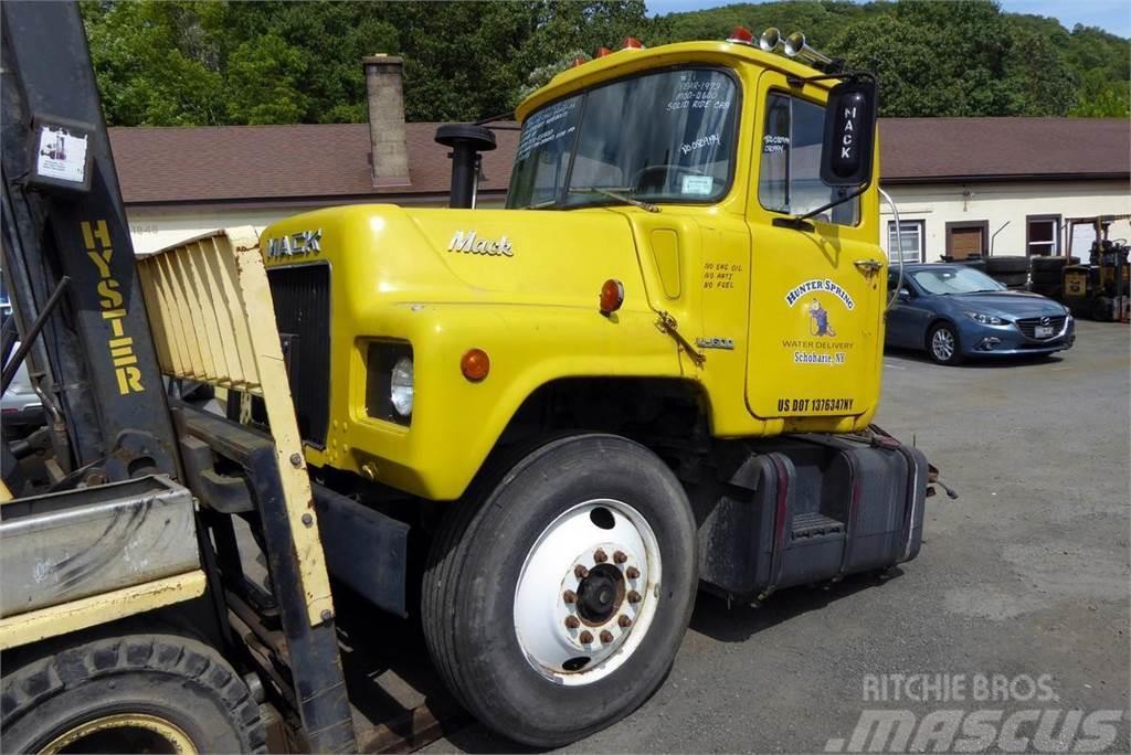 Mack U600