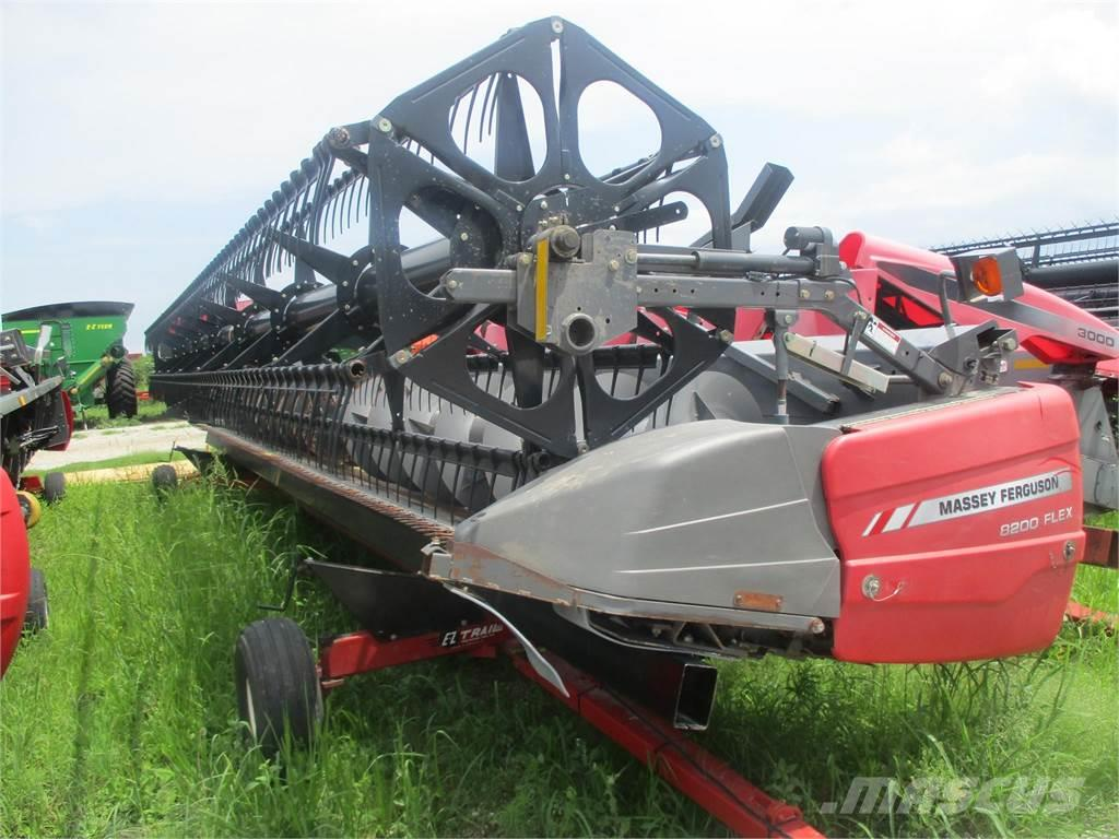 Massey Ferguson 8200