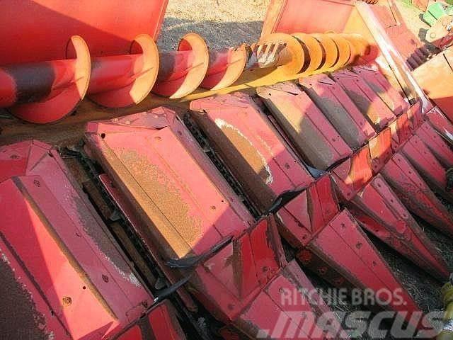 Massey Ferguson 883