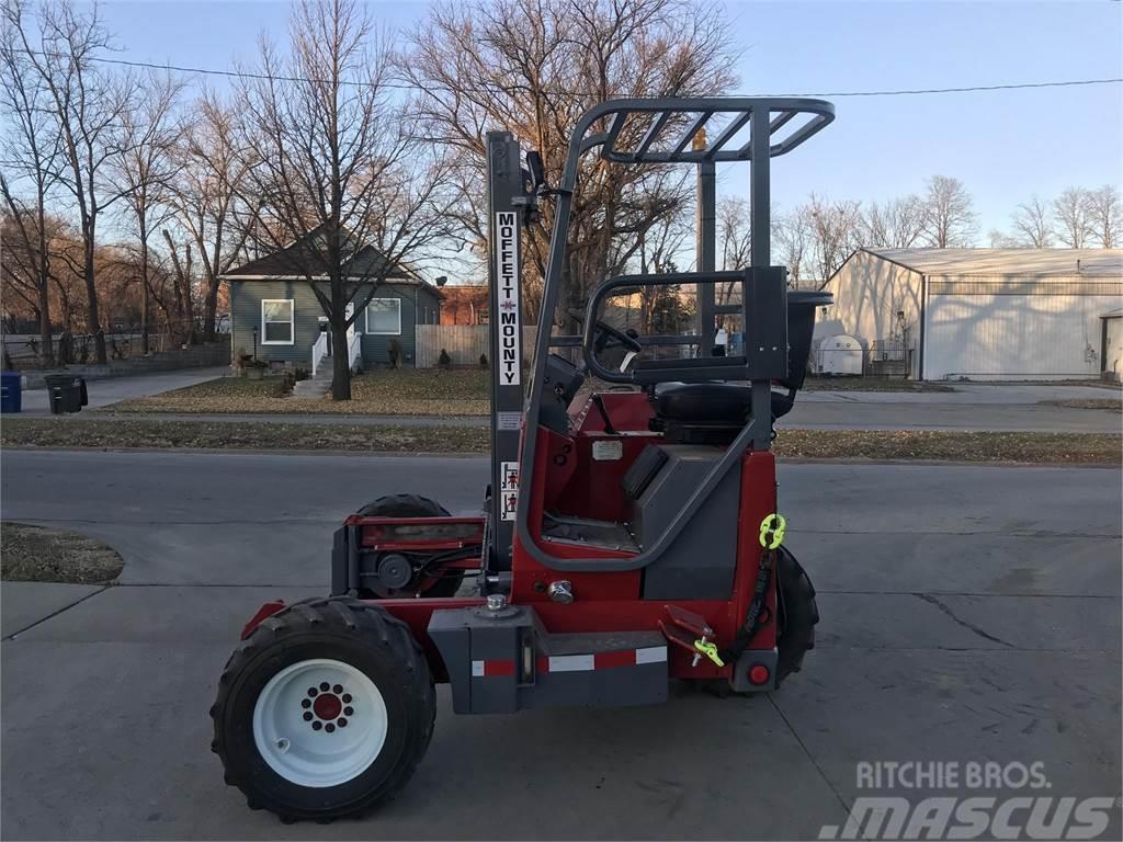 Moffett M4500