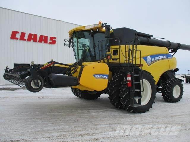 New Holland CR8090