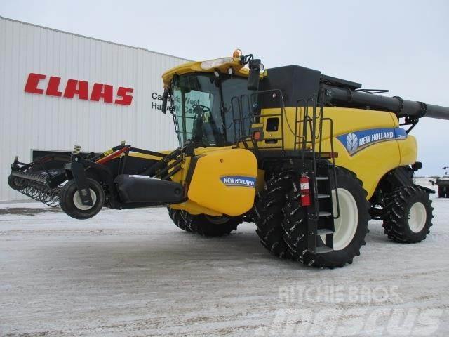 New Holland CR8090