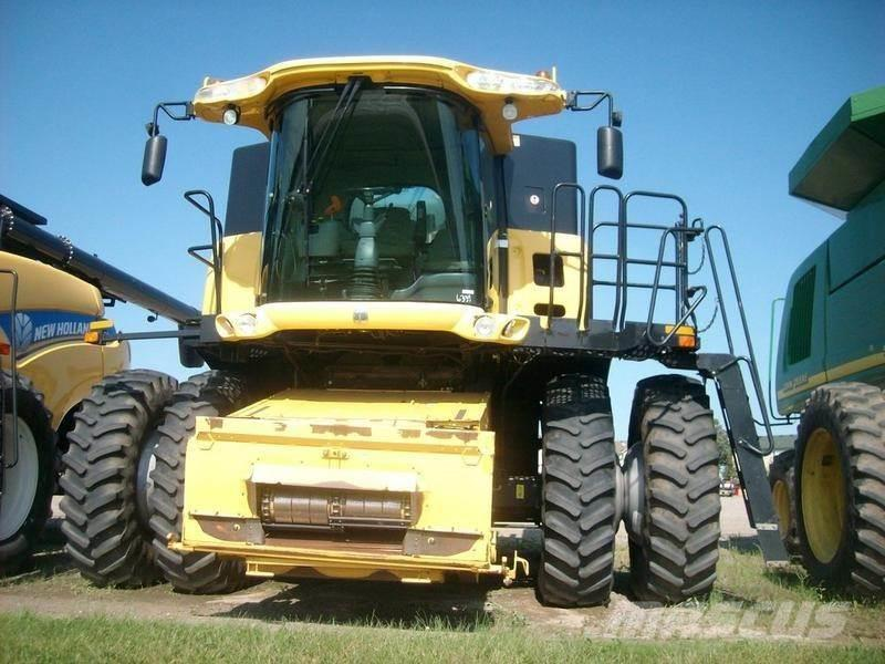 New Holland CR940A