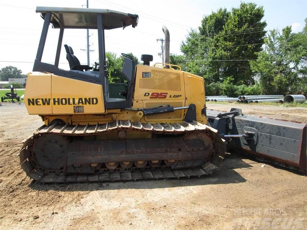 New Holland D95 LGP