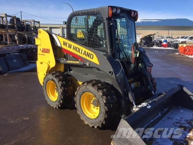 New Holland L221
