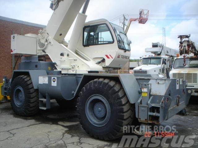 Terex RT230-1