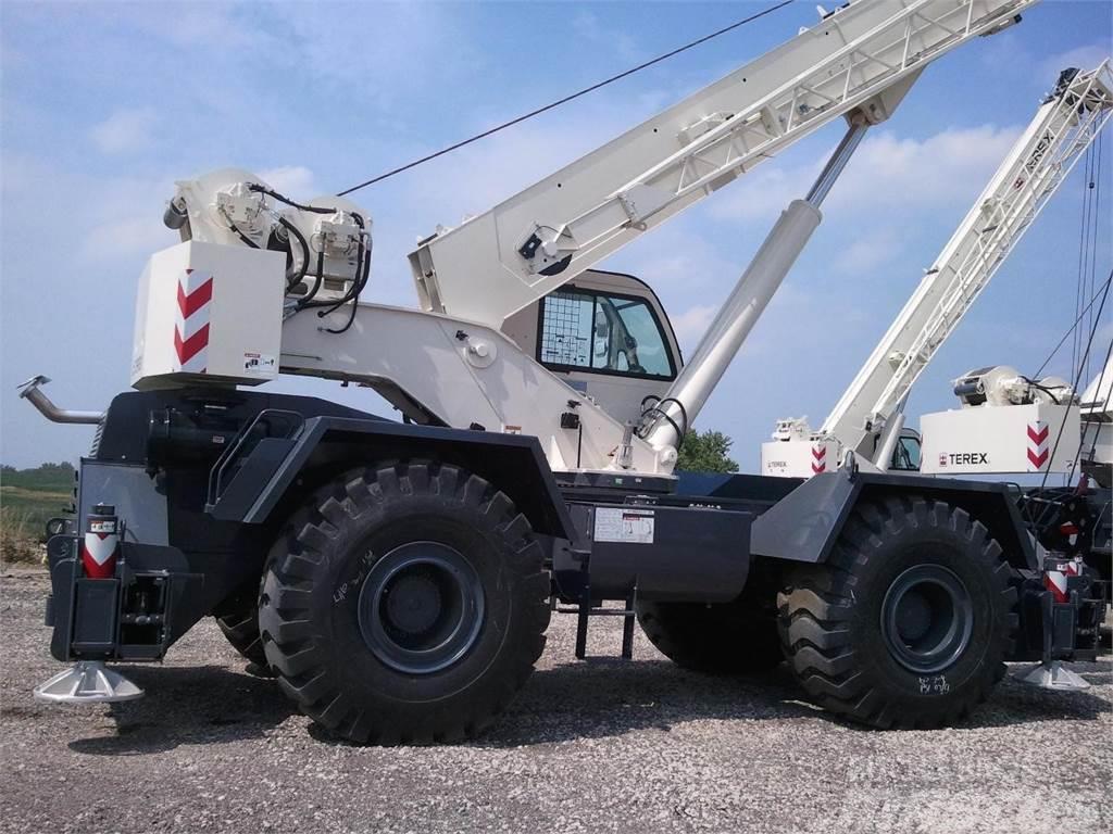 Terex RT670