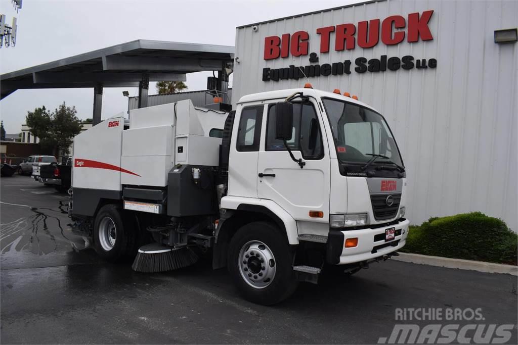 UD 3300