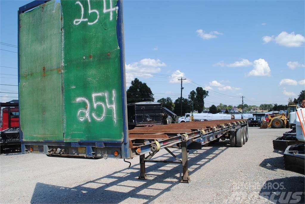 2006 Viking tri axle crate trailer