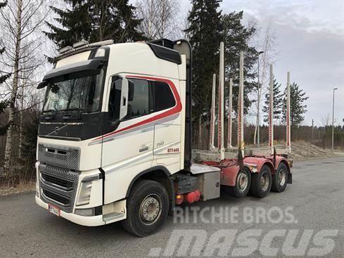 Volvo FH750 nosturi ja pv