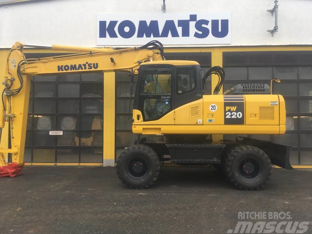 Komatsu PW220-7H