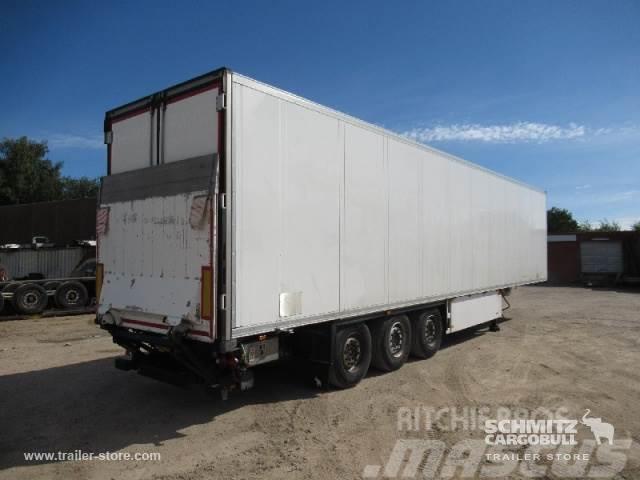 Schmitz Cargobull Tiefkühlkoffer Multitemp Ladebordwand