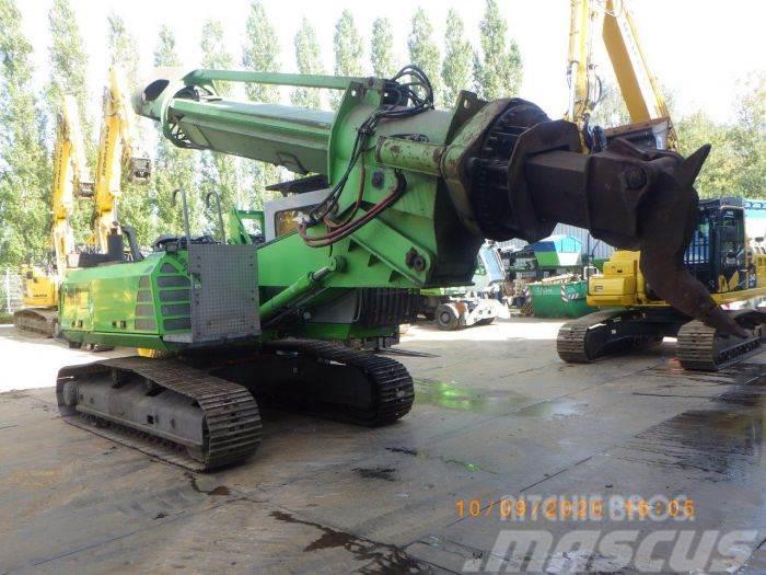Sennebogen 825 R - Materialumschlagmaschine kaufen