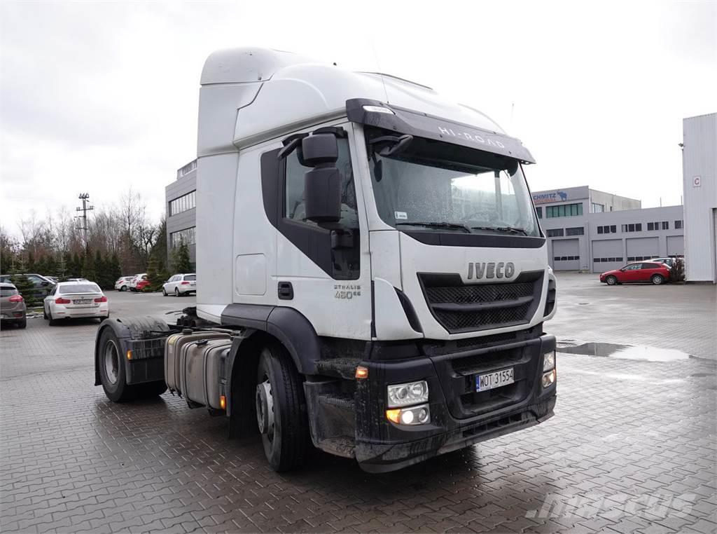 Iveco AT 440