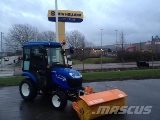 New Holland Boomer 25HST 12 timer - som ny
