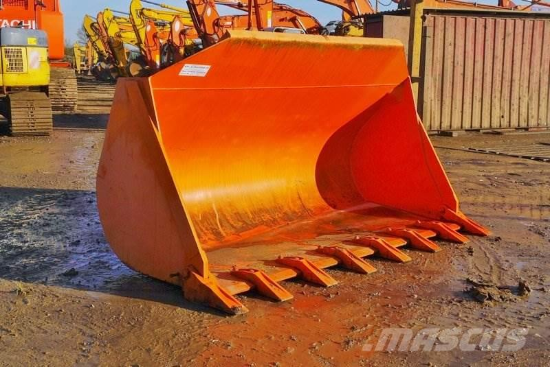 [Other] Front Loader Bucket 115 Wide Bucket