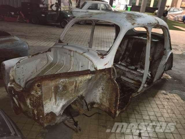 Renault Carrosserie renault 4ch