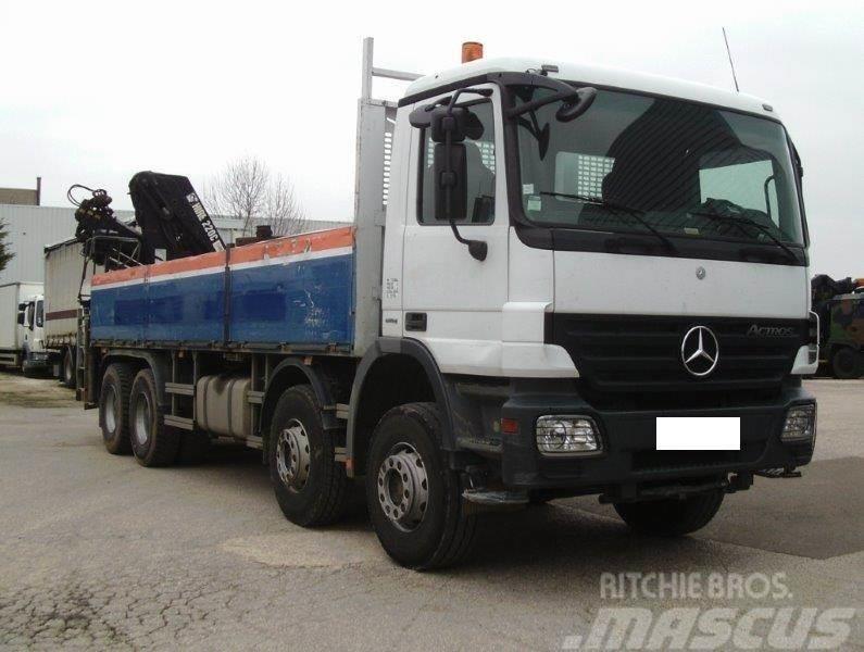 Mercedes-Benz Actros 3241