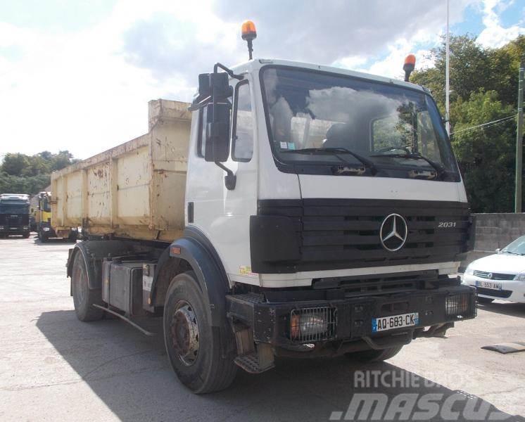 Mercedes-Benz SK 2031