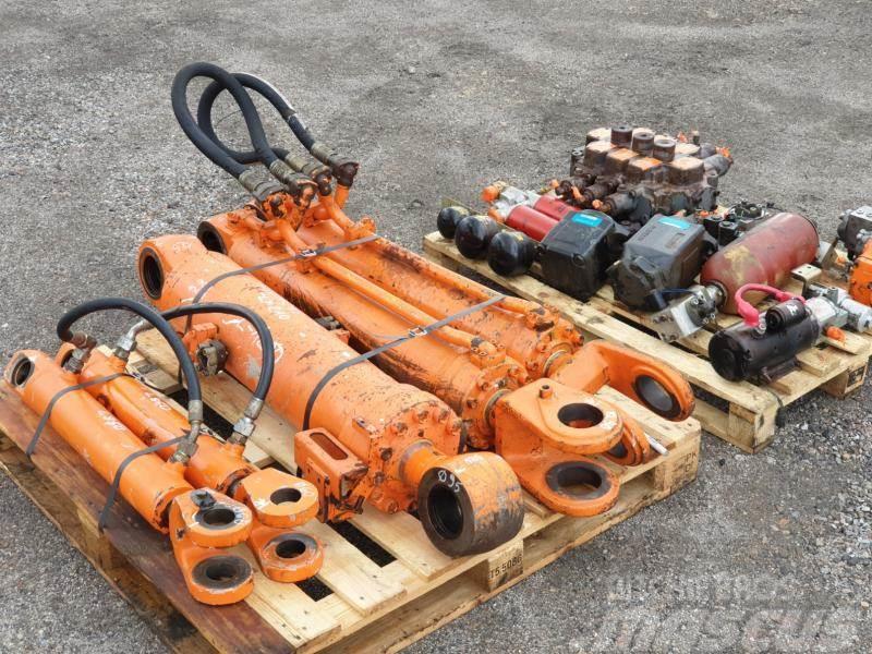Hitachi lx 210 hydraulika