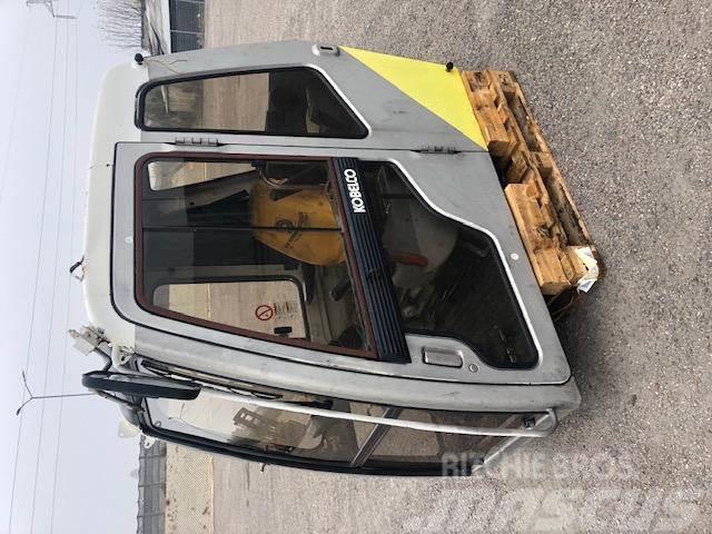 Kobelco SK330LC - kabina kompletna