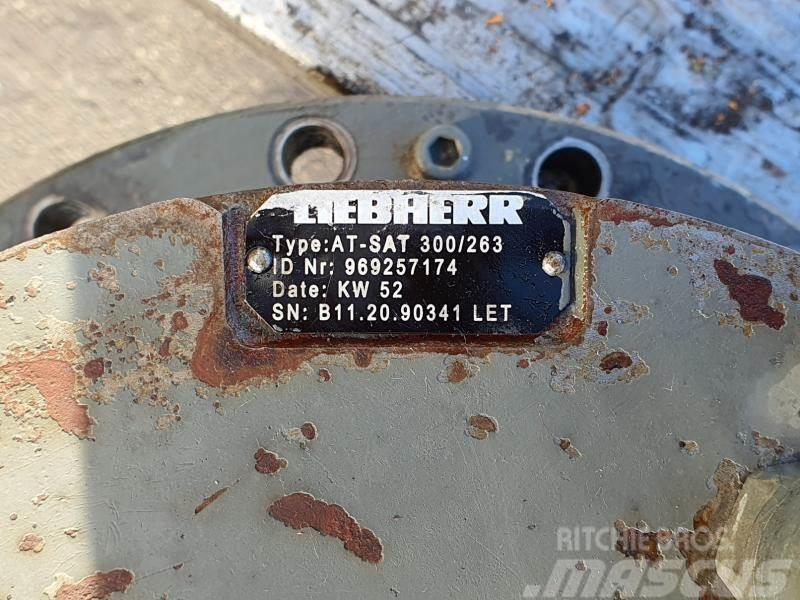 Liebherr A 934 SAT 300/263