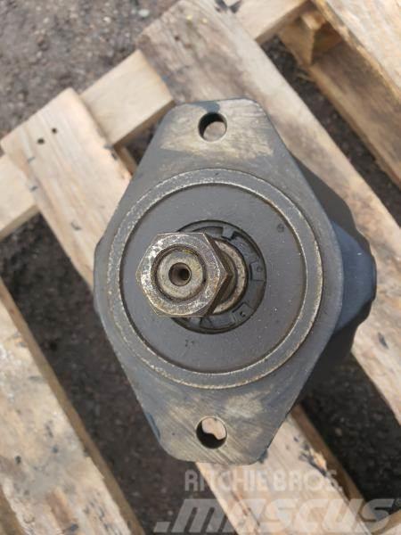 [Other] silnik hydrauliczny caterpillar 988h