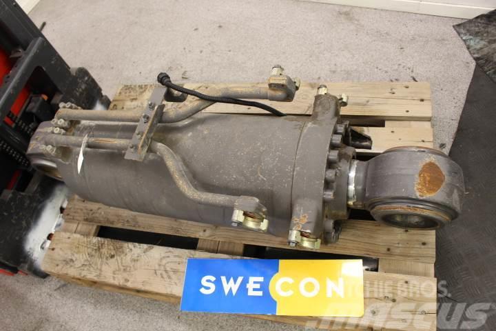 Volvo L180E Tiltcylinder