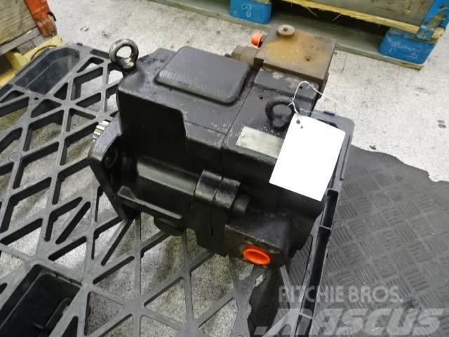 Volvo L180H Hydraulpump P2