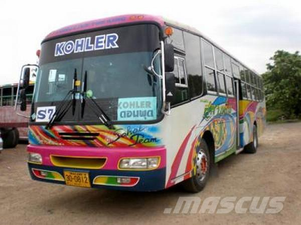 Used mercedes benz bus coach year 2003 for sale mascus usa for Mercedes benz coach bus