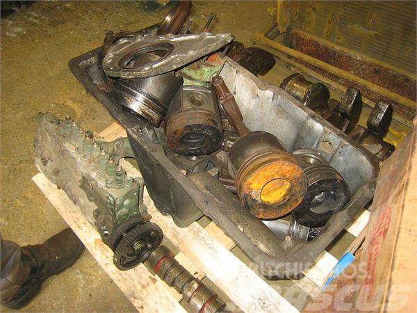 Mercedes-Benz V8 (ENGINE SPARE PARTS)