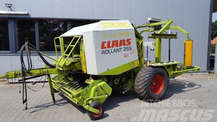 CLAAS ROLLANT 250 RC UNIWRAP