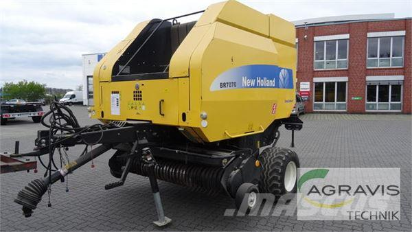 New Holland BR 7070 EC