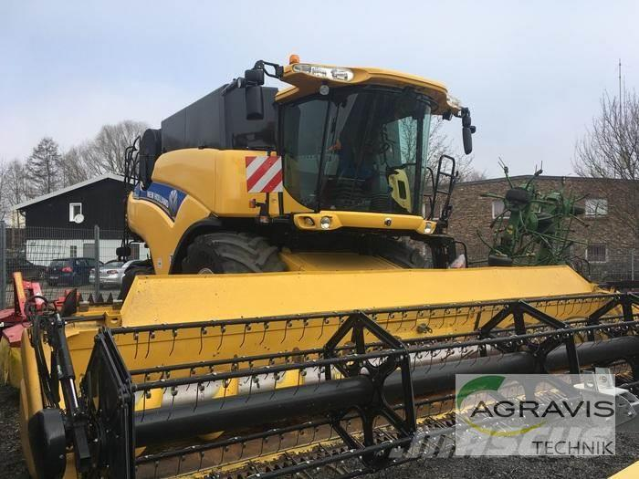 New Holland CR 8080 SCR