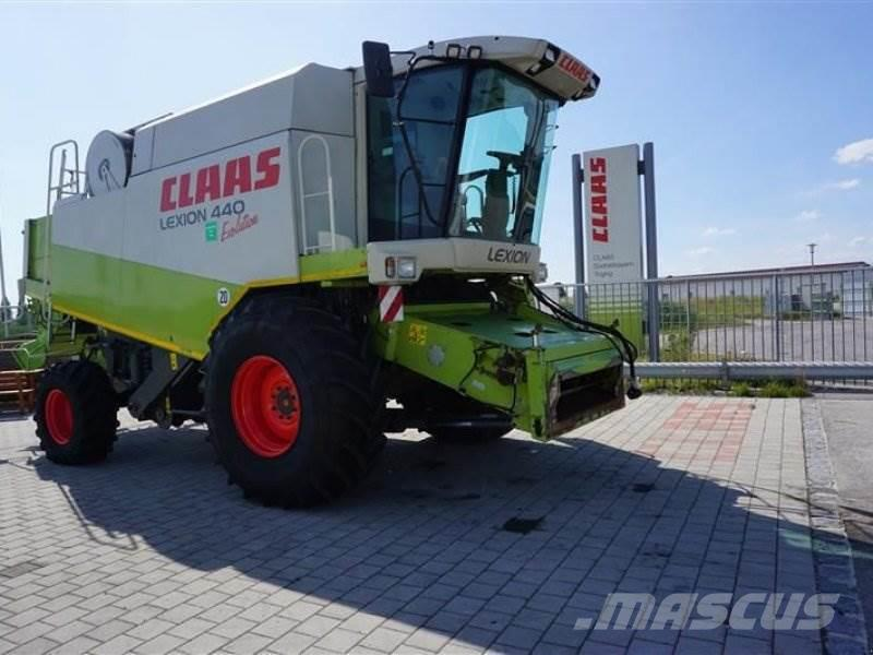 CLAAS LEXION 440 EVOLUTION mit V660