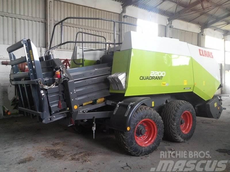 CLAAS Quadrant 2200 RF Advantage TA