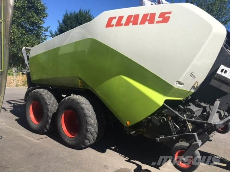 CLAAS Quadrant 3200 FC Tandem