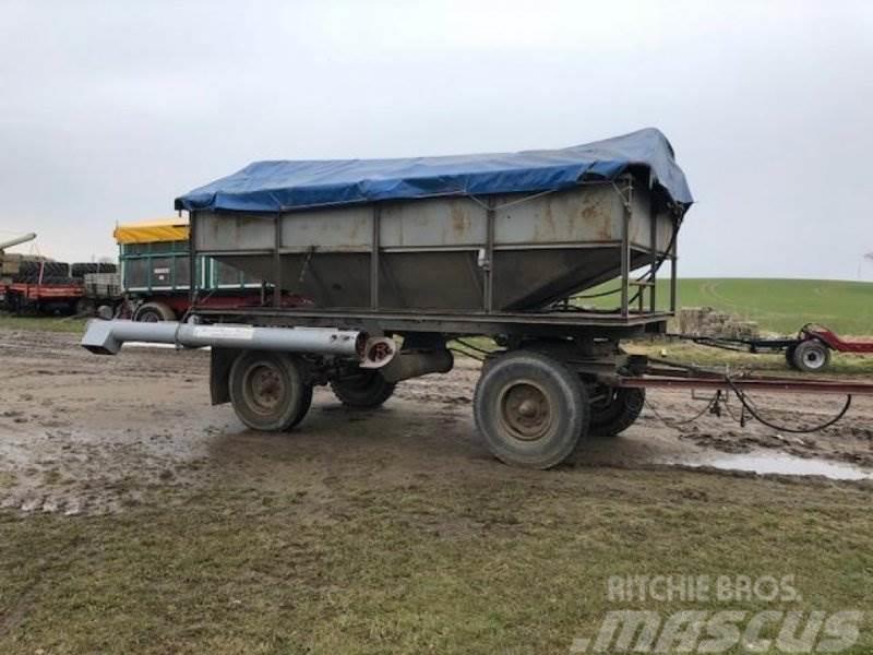 [Other] Saatwagen V-842 mit neuer Förderschnecke