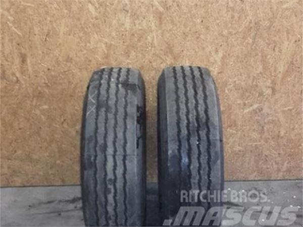Pirelli 1Paar 245/70R17.5 143J