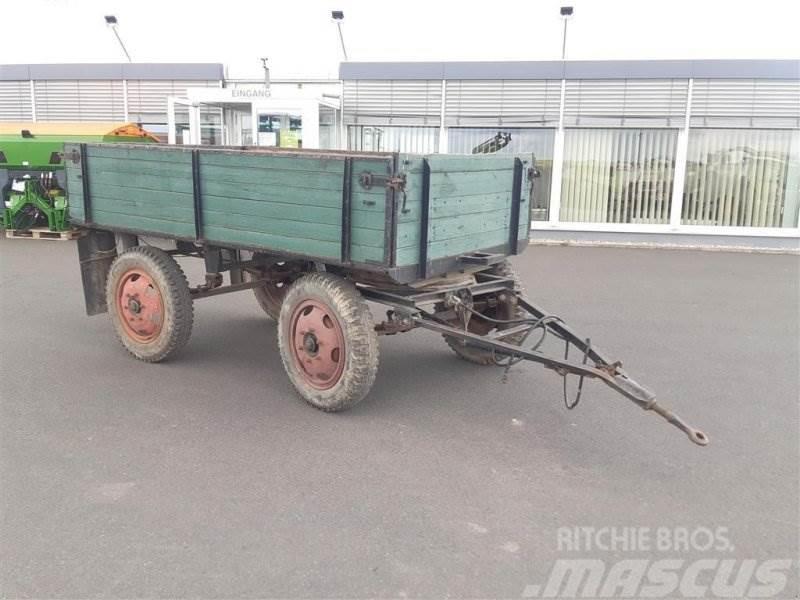 VEB Fahrzeugwerke E2