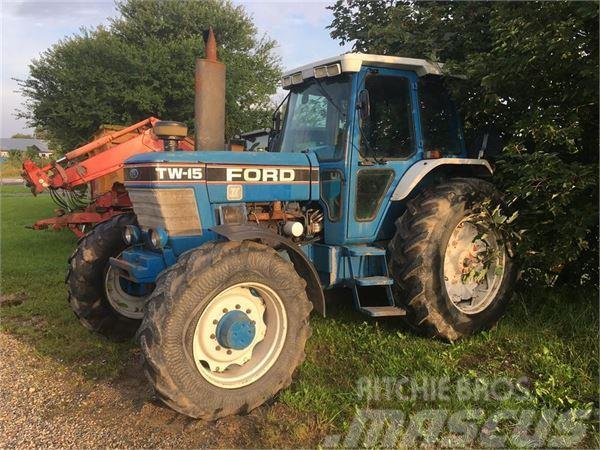 Ford TW 15 Force 2 PÆN TRAKTOR,KUN 6500 TIMER