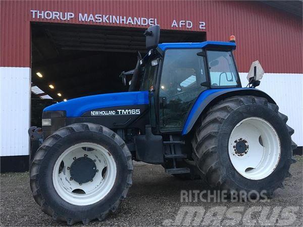 New Holland TM165 KUN 4900 TIMER.STANDARD FORAKSEL OG FRONTLIF