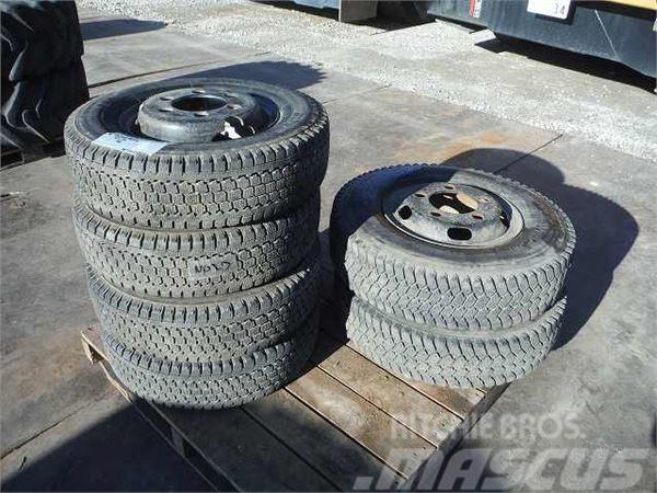 Bridgestone スタッドレスタイヤ+ホイール6本セット